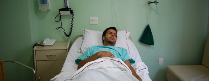 dossier_sexualite_lesist_reconnaitrelinfection_man_hospital